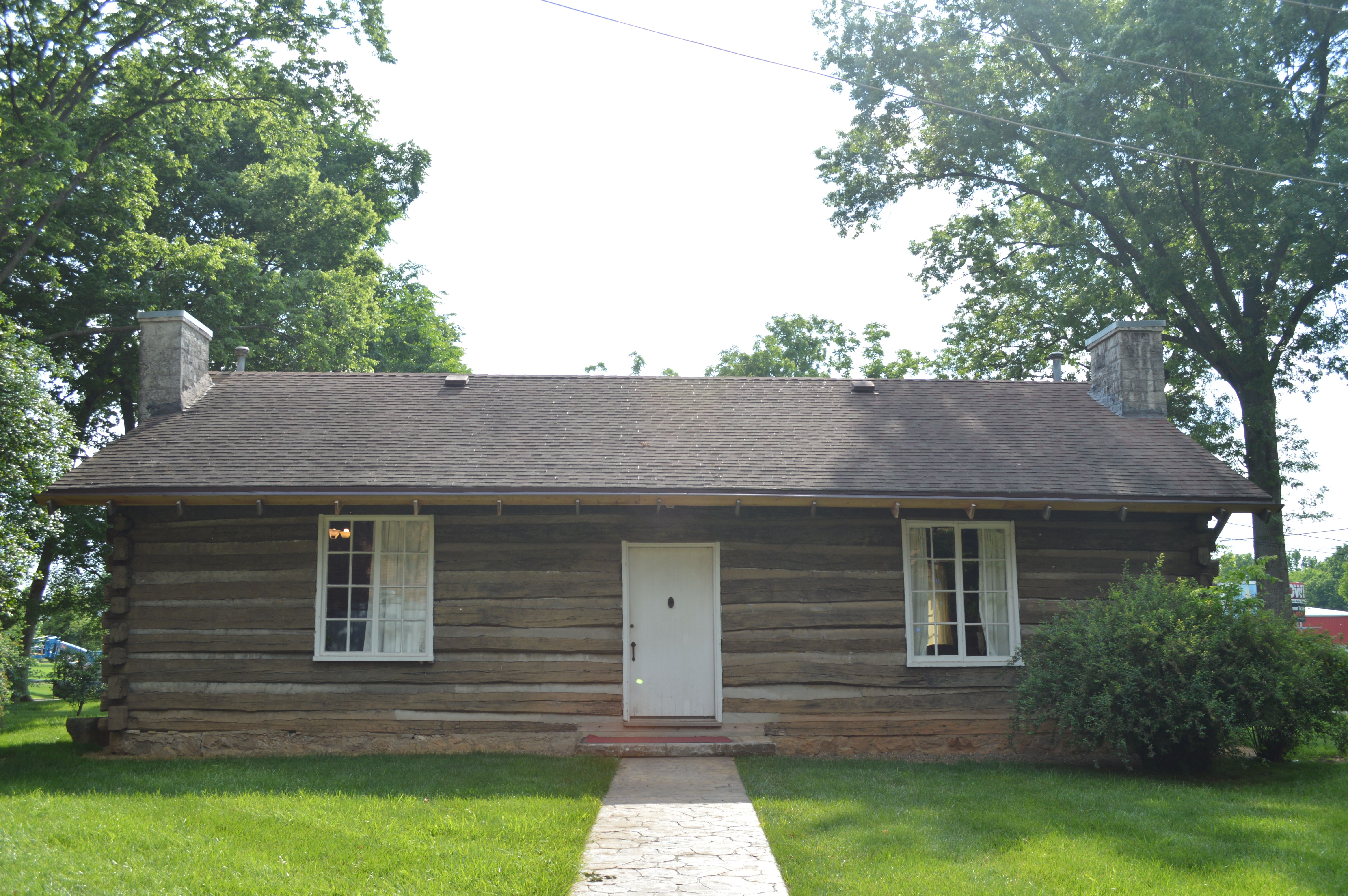 KFP moves to the Pioneer Log Cabin – Kentucky Folklife Program